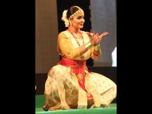 Krishnakshi Kkashyap performing in BHARATHEEYAM 2014 in Kochi Kerala