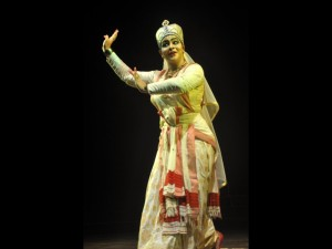 Krishnakshi kashyap as the Sutradhar or the narrator in Ankia Naat dance drama