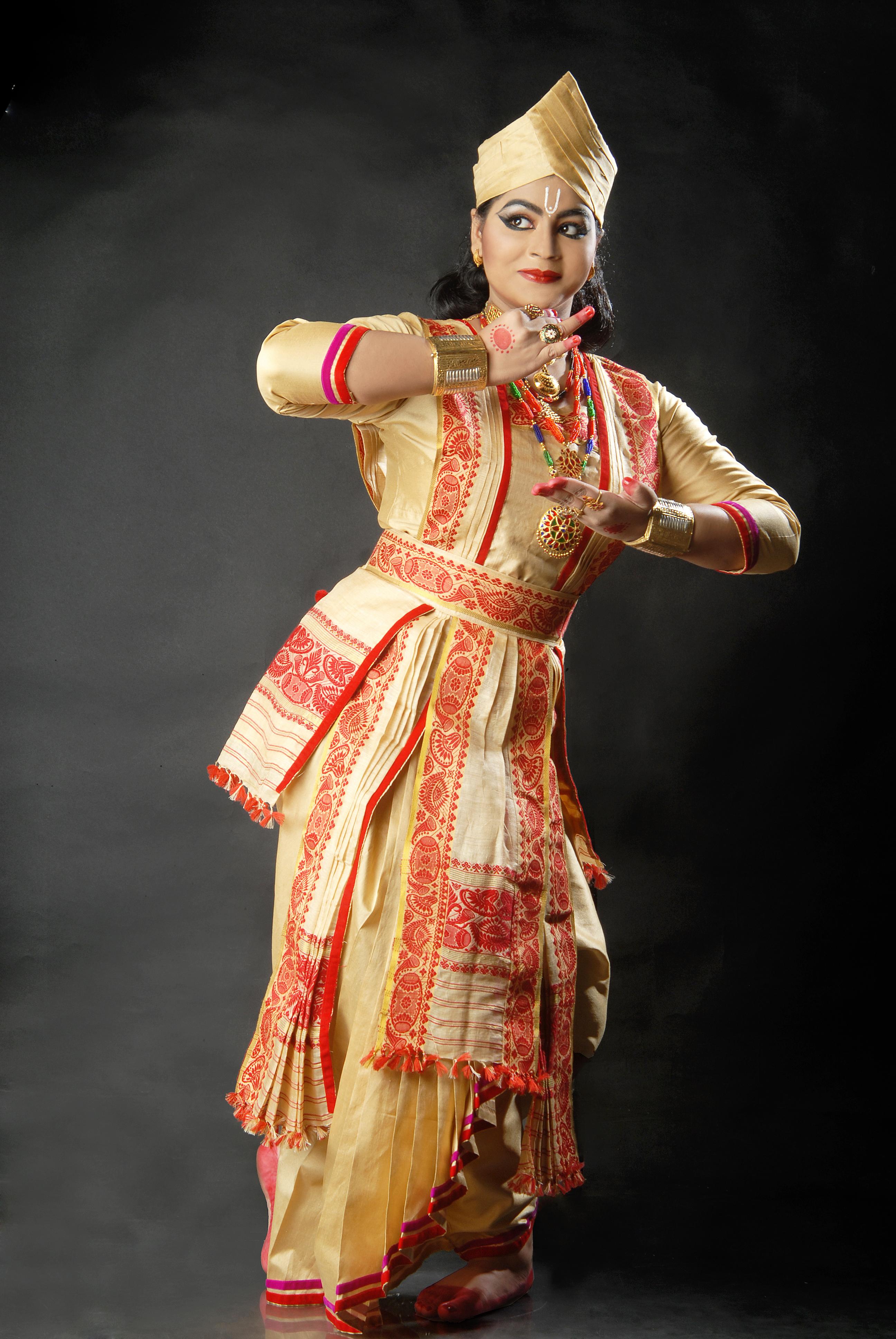 Costume Krishnakshi Kashyap